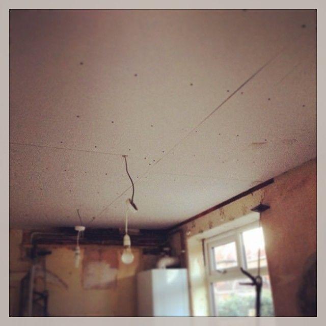 Потолок из гипсокартона в спальне: фото, видео инструкция: http://mainavi.ru/kvartira/spalnya/potolok-iz-gipsokartona-v-spalne/