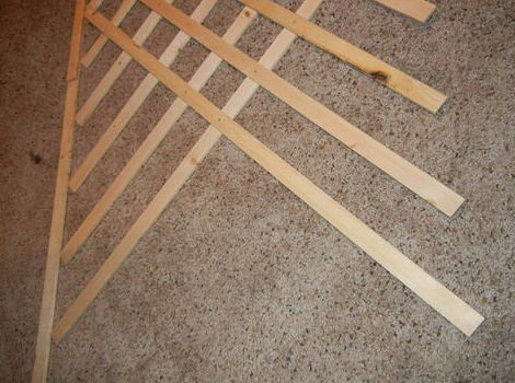 Как сделать шпалеры деревянные