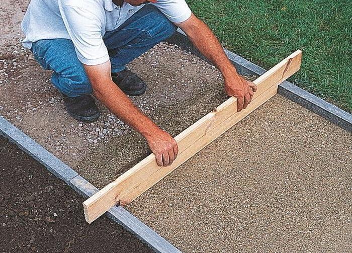 Как класть тротуарная плитка своими руками 24