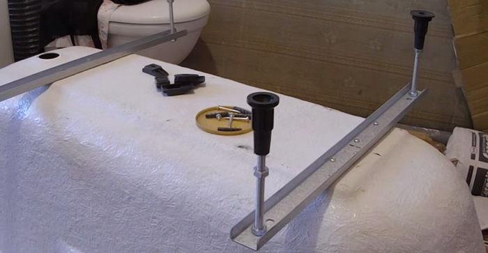 Установка акриловой ванны на ножки своими руками