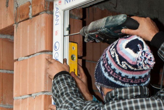 Установка пластиковых окон своими руками в кирпичном доме 139