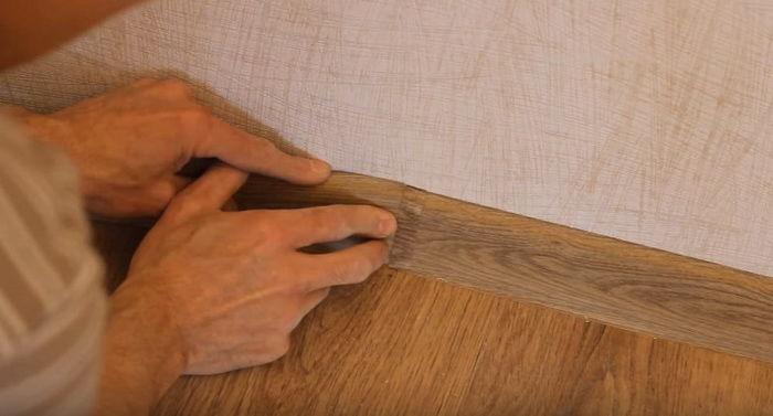 Как сделать деревянные плинтуса своими руками 489