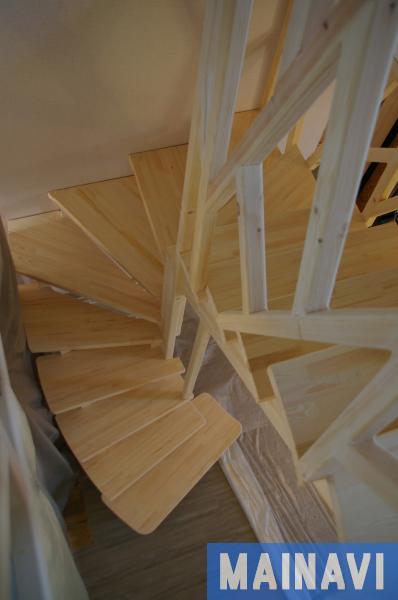 Сосновая лестница своими руками
